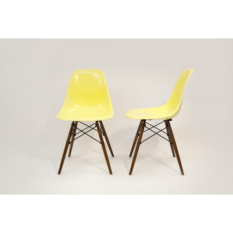 chaise eames dsw herman miller jaune citron x2. Black Bedroom Furniture Sets. Home Design Ideas